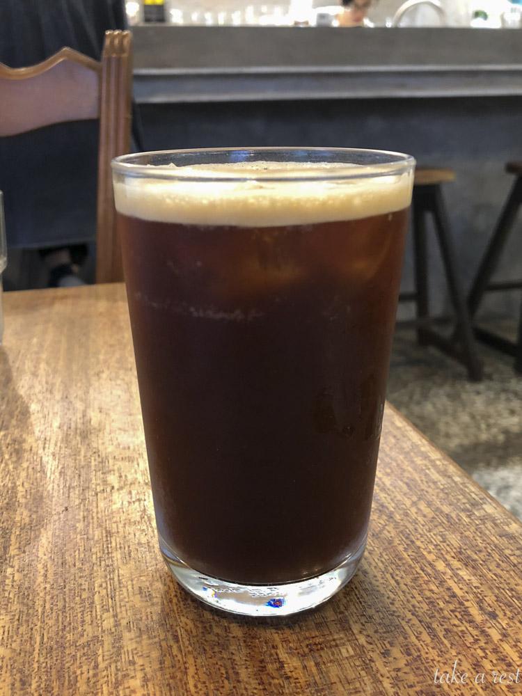 厝內與咖啡與綠